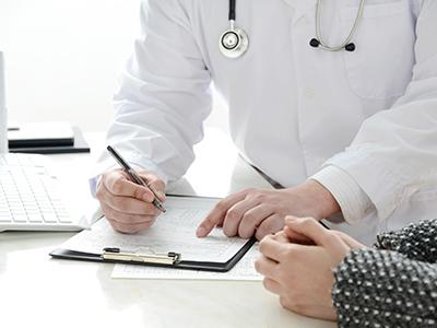 【画像】迅速な血液検査・症状診断の画像